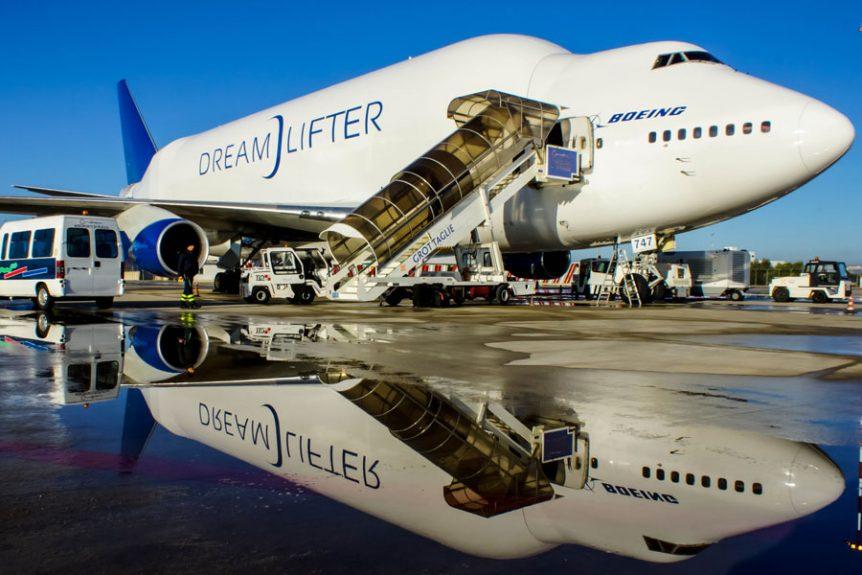 Boeing Dreamlifter 747