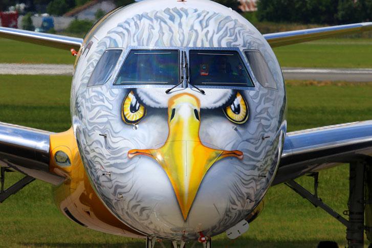 Embraer E195-E2 'Profit Hunter's