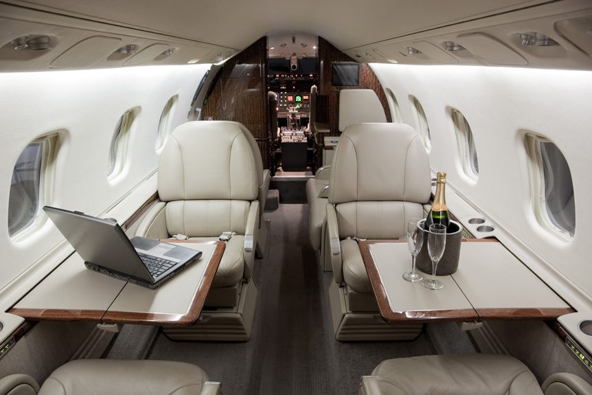 Luxury Amenities Aboard a Private Jet Charter